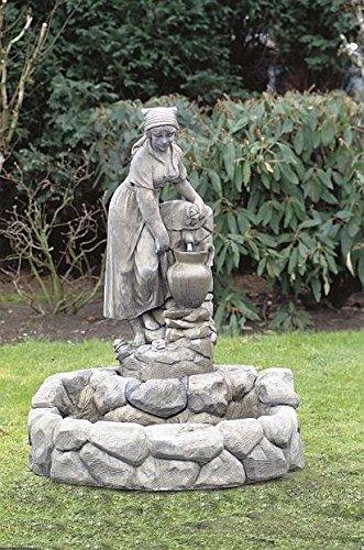 Brunnen Gartenbrunnen Zierbrunnen fountain rustikal Magd Farbe sandstein