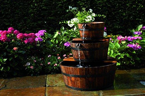 Wasserspiel Edinburgh Springbrunnen Set Holzfass Gartenbrunnen Brunnen von Gartenwelt Riegelsberger