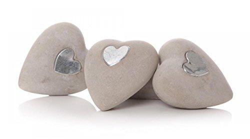 Shruti herzförmigem Stein Pebble Garten Dekoration mit Silber eingelegten Herz